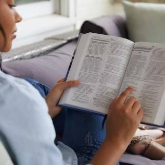 NKJV Charles F Stanley Life Principles Daily Bible