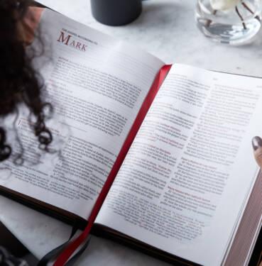 NKJV Wide Margin Large Print Reference Bible